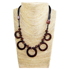 Necklace with CircleWood Design